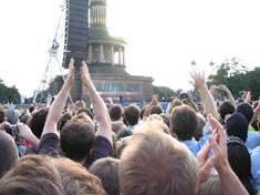 Crowd in front of Victory Column, Berlin.