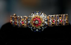 Related | 1820s Georgian Gold & Enamel Vinaigrette Bracelet