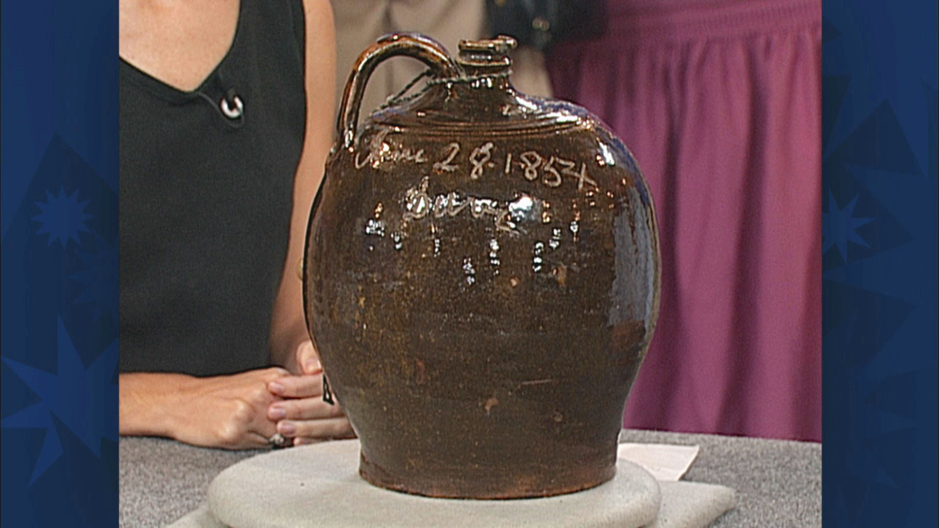 https://www-tc.pbs.org/prod-media/antiques-roadshow/article/images/Dave-the-Potter-200003A33A-1920x1080.jpg