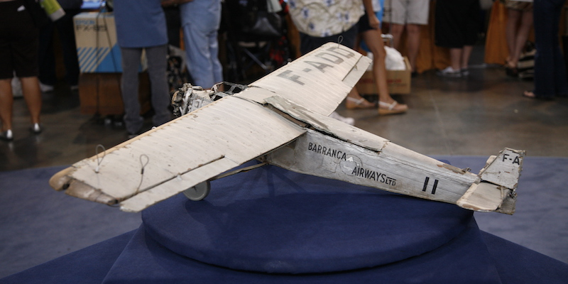 https://www-tc.pbs.org/prod-media/antiques-roadshow/article/images/Only_Angels_Have_Wings-lede.jpg