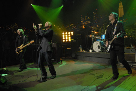 Influential superstars R.E.M. take the AUSTIN CITY LIMITS stage in support of their latest acclaimed record, Accelerate .