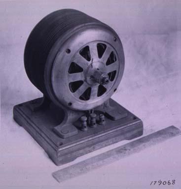 Tesla >> Early Tesla Induction Motor