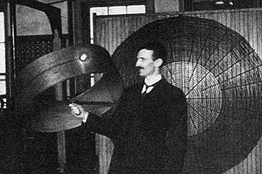 Tesla Wireless Power >> Tesla Demonstrates Wireless Power Transmission