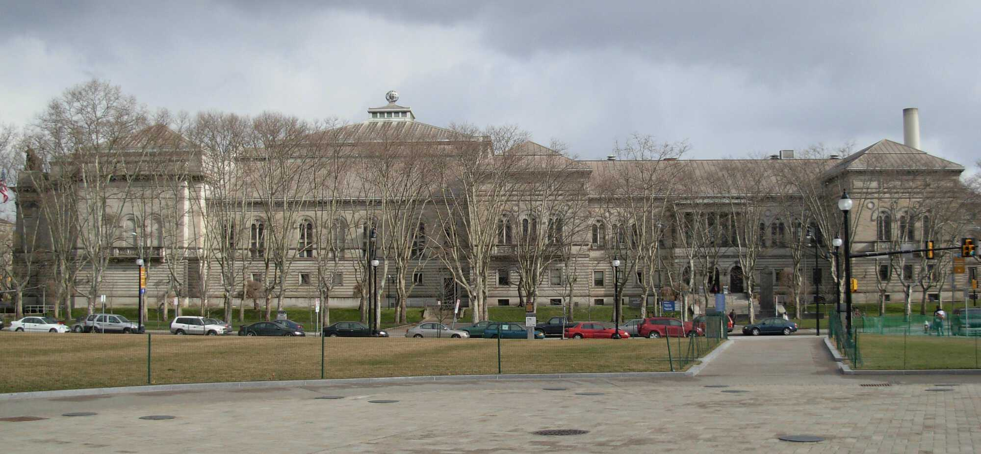Carnegie_Library_of_Pittsburgh-PD.jpg