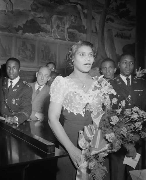 Eleanor Marian Anderson 1939 LOC.jpg