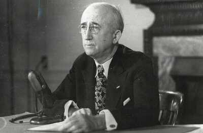 Pacific-Surrender-Byrne-1947-PD.jpg