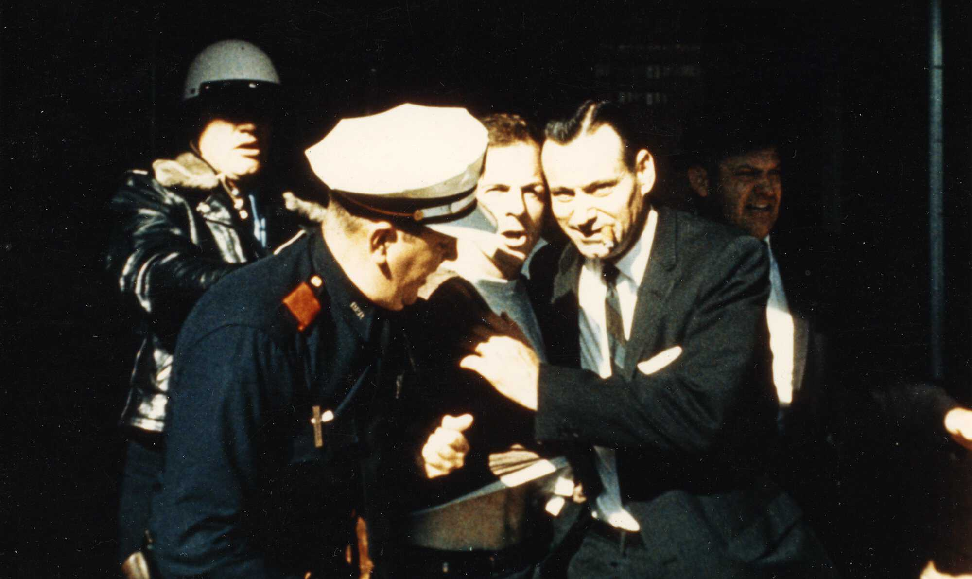 Oswald-timeline-8b-t_1963_nov22_1.40cst.jpg