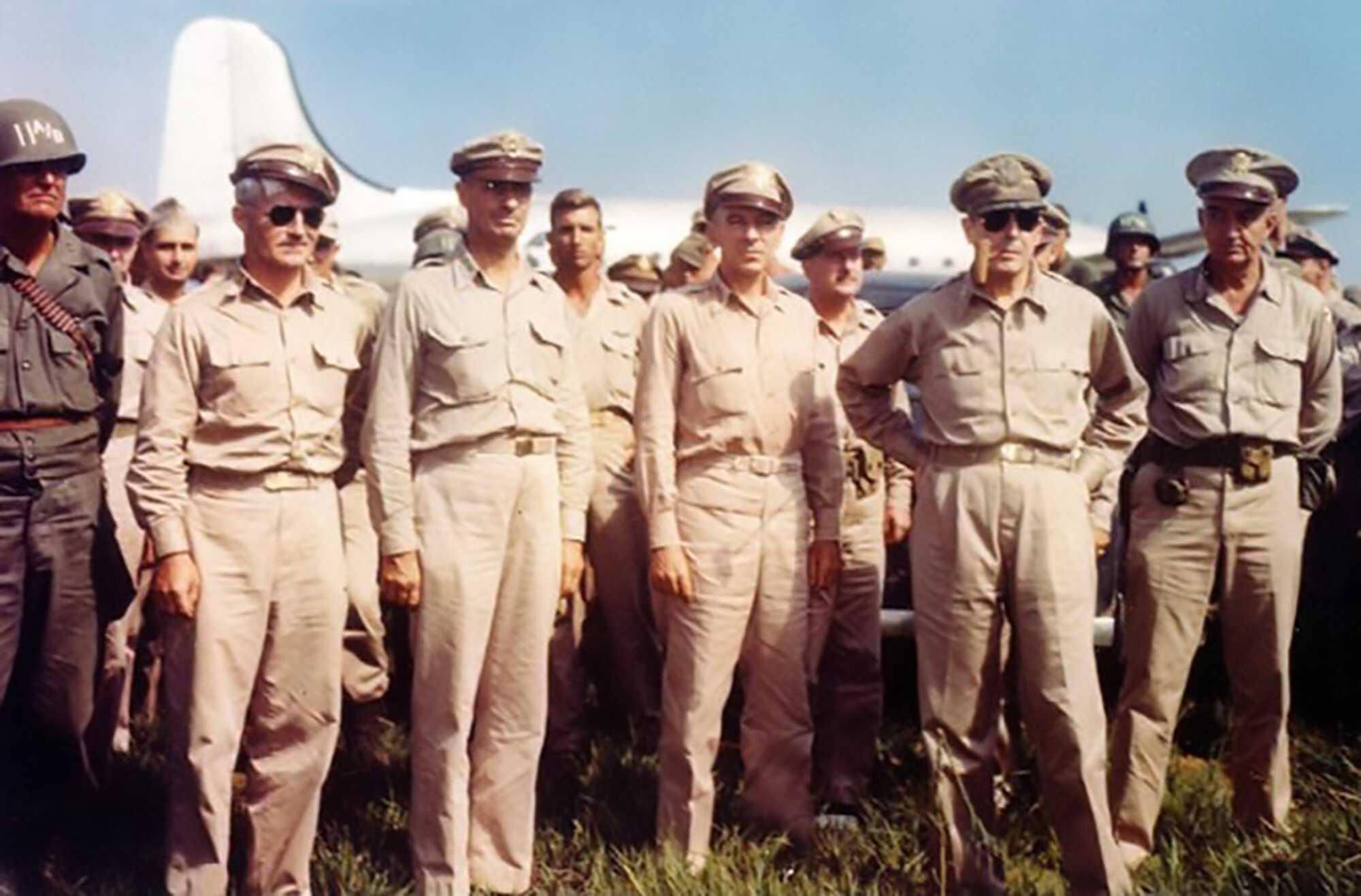MacArthur_and_Sutherland-Tokyo-Trials-U.S.-Natinal-Archives.jpg