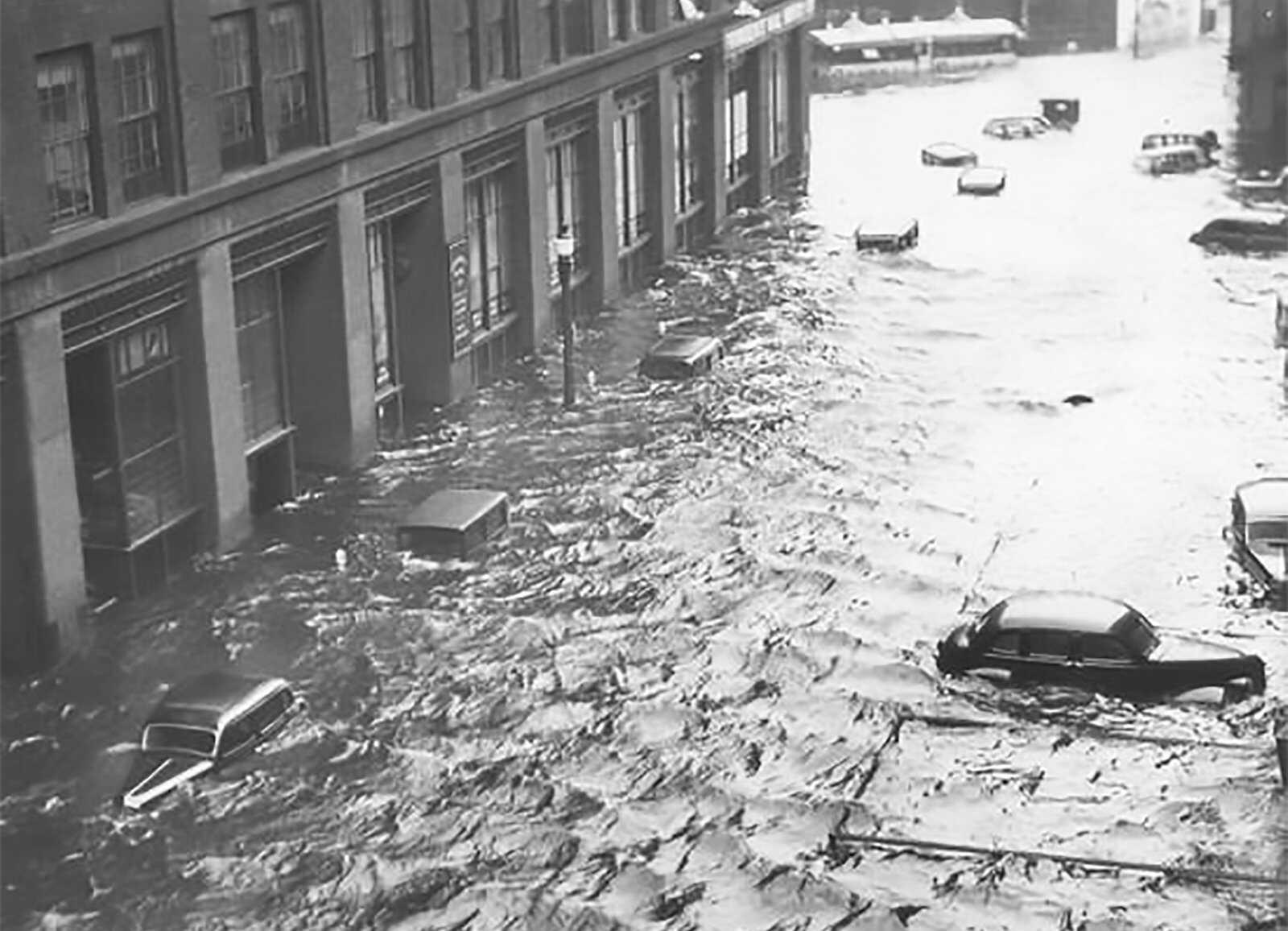 Hurricane-McDonald-Providence-RI-1938-LOC.jpg