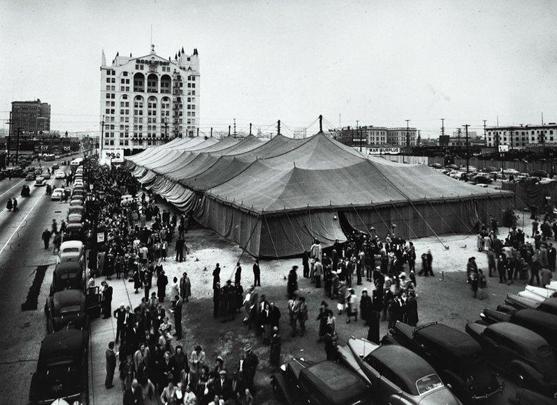 Billy-Graham-essay-revival-tent.jpg
