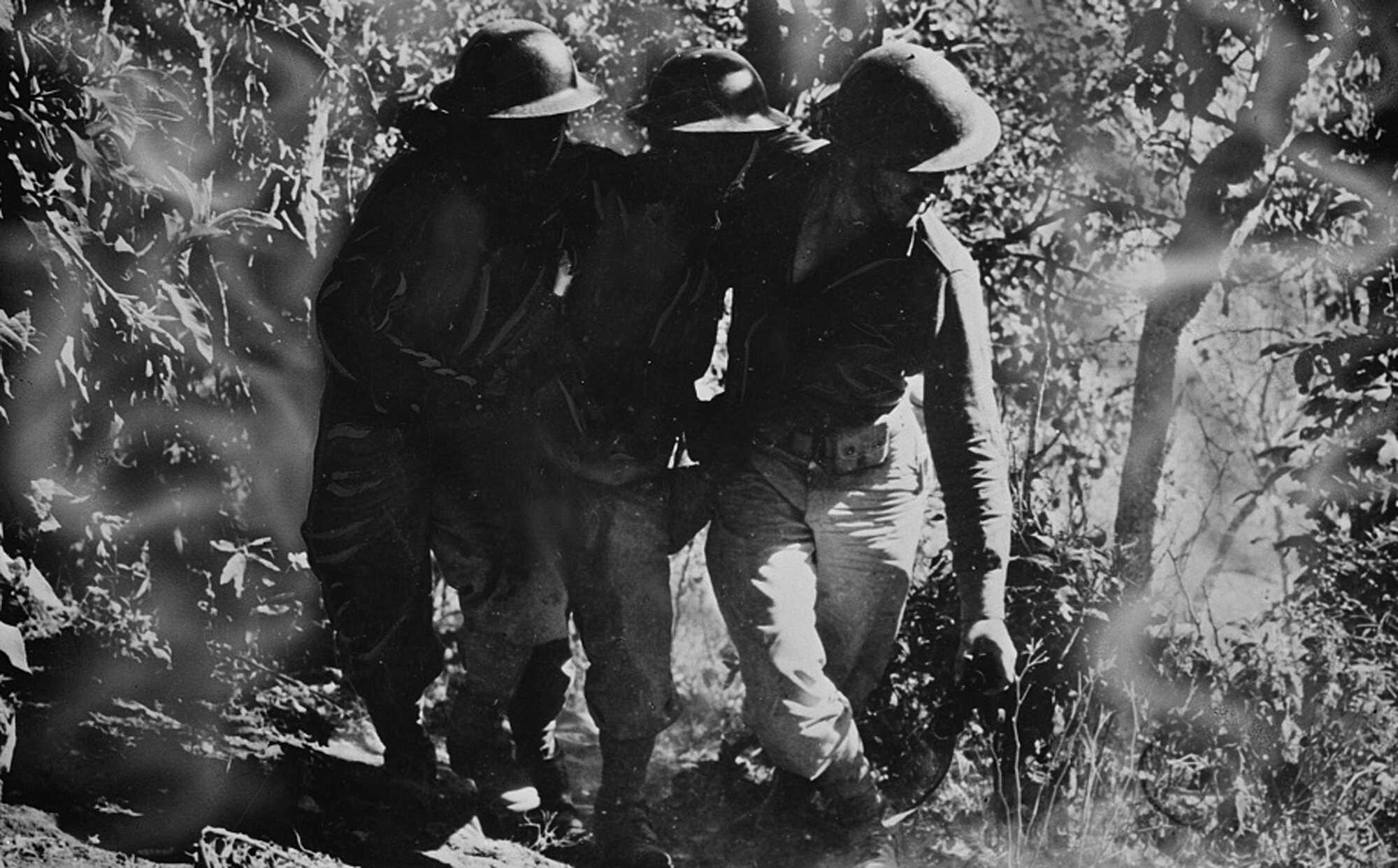 Macarthur-Bataan-1943-LOC.jpg