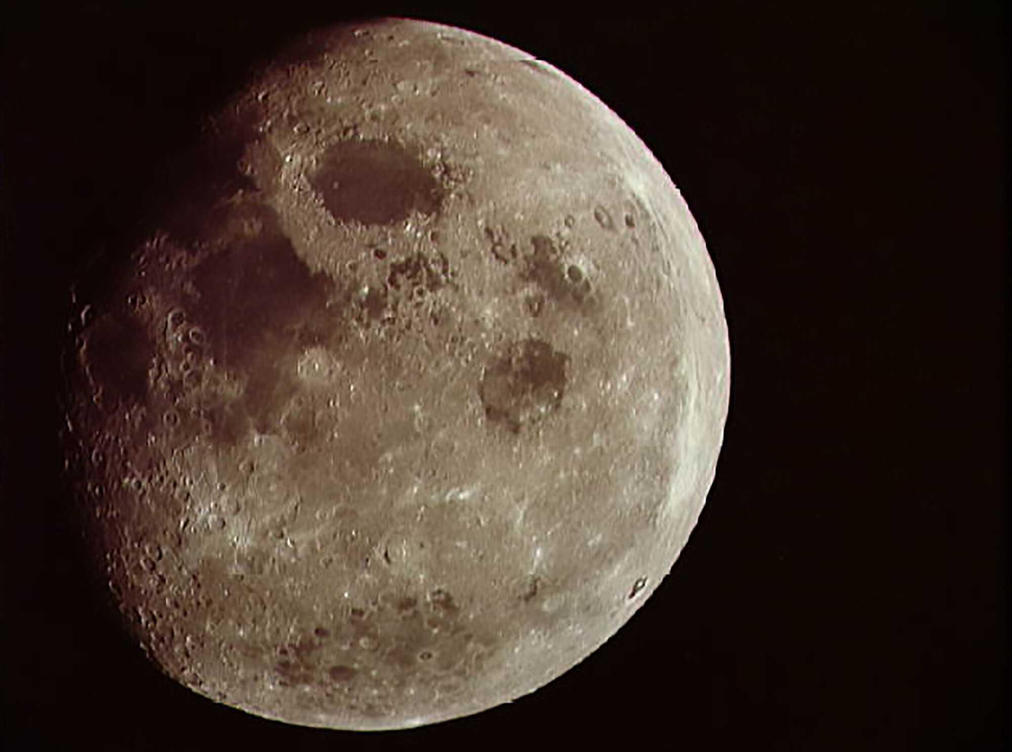 Moon_moon_01.jpg