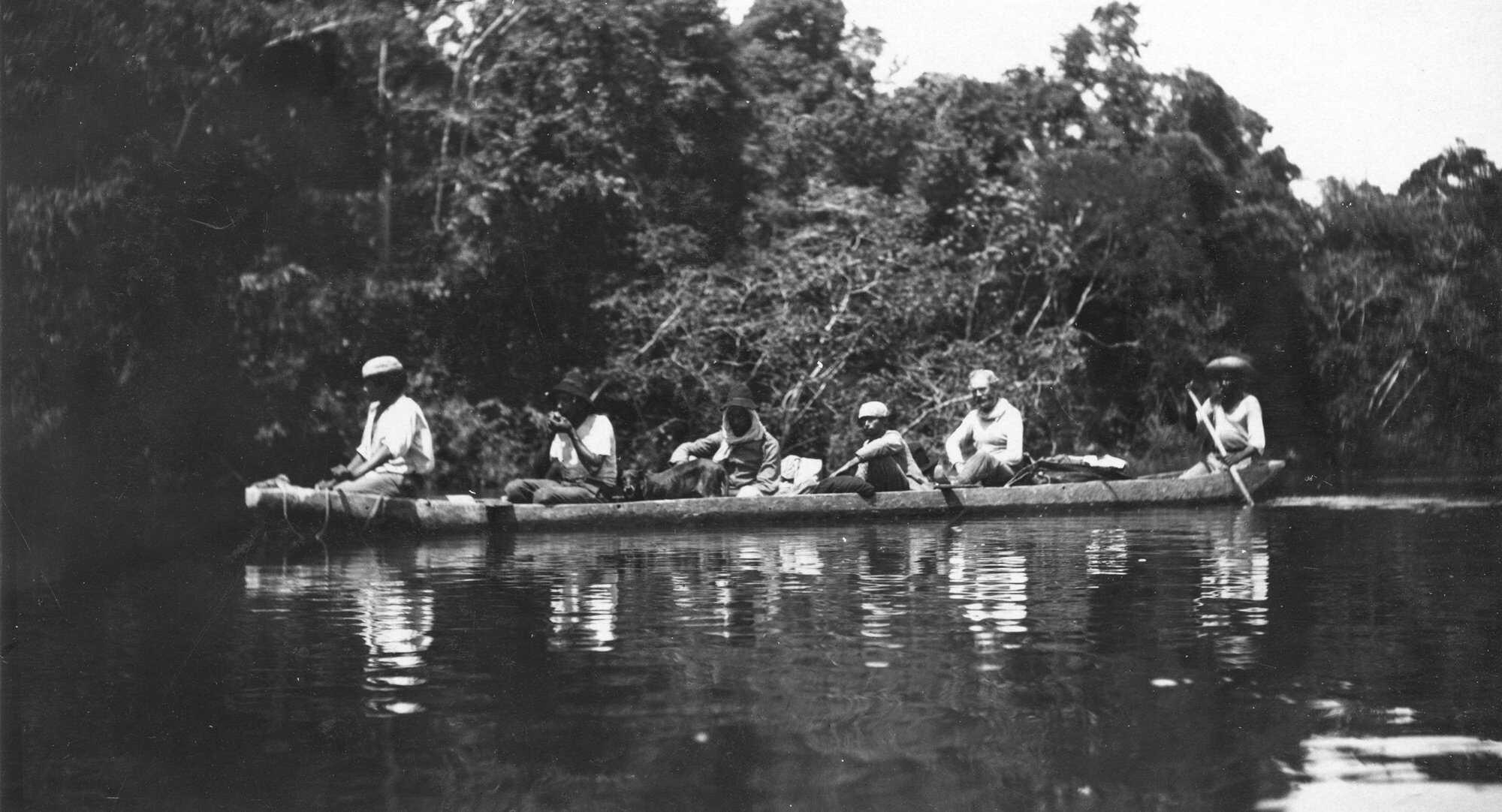 Amazon-Diary-7-Canoe-2-ROD_1071_AS_M_AMNH-George-3rd-.jpg