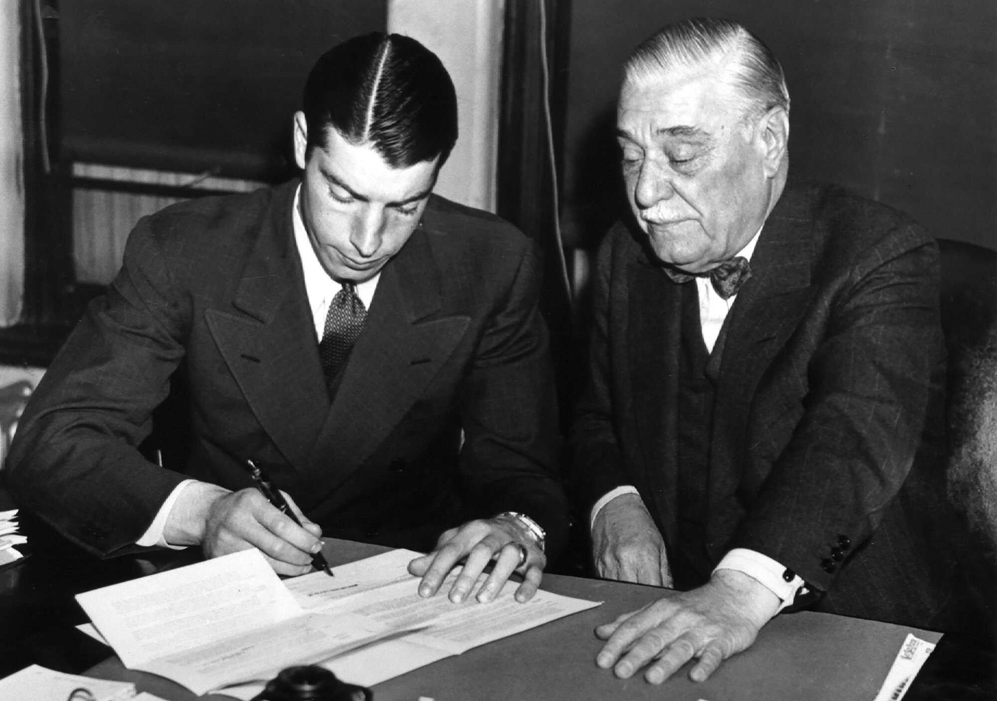 dimaggio s contract hold out american experience official site pbs