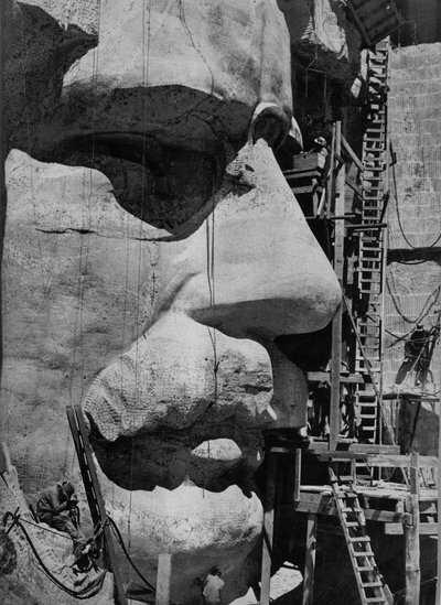 Rushmore-Carving_MRNM.jpg