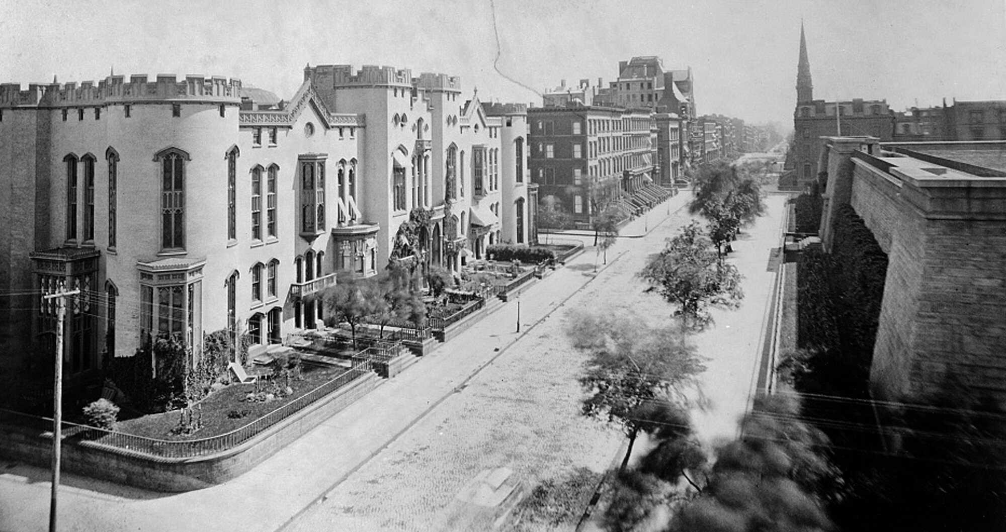 Gilded-New-York-5th-Ave.jpg