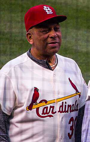 Clemente-Orlando_Cepeda_in_2017_-_1967_St.Louis_Cardinals_Reunion_team_(cropped)-PD.jpg