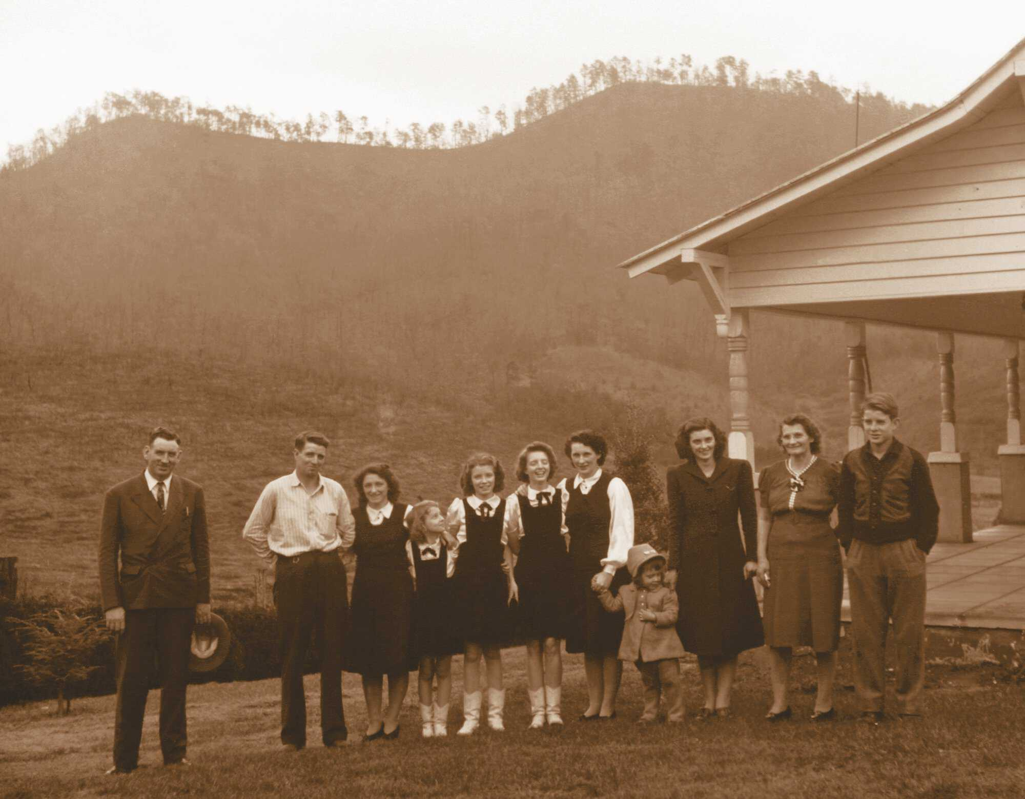 Carter-Family-three-generation.jpg