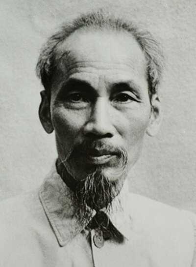 Vietnam Ho_Chi_Minh_1946_wiki.jpg