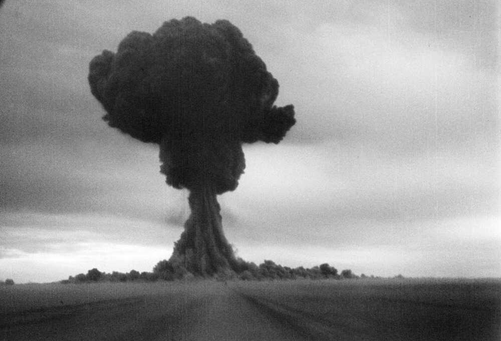 Superbomb-Siviet-test-atomic-bomb-Soviet-Joe-1-West-Semipalatinsk-Test-Aug-29-1949.jpg