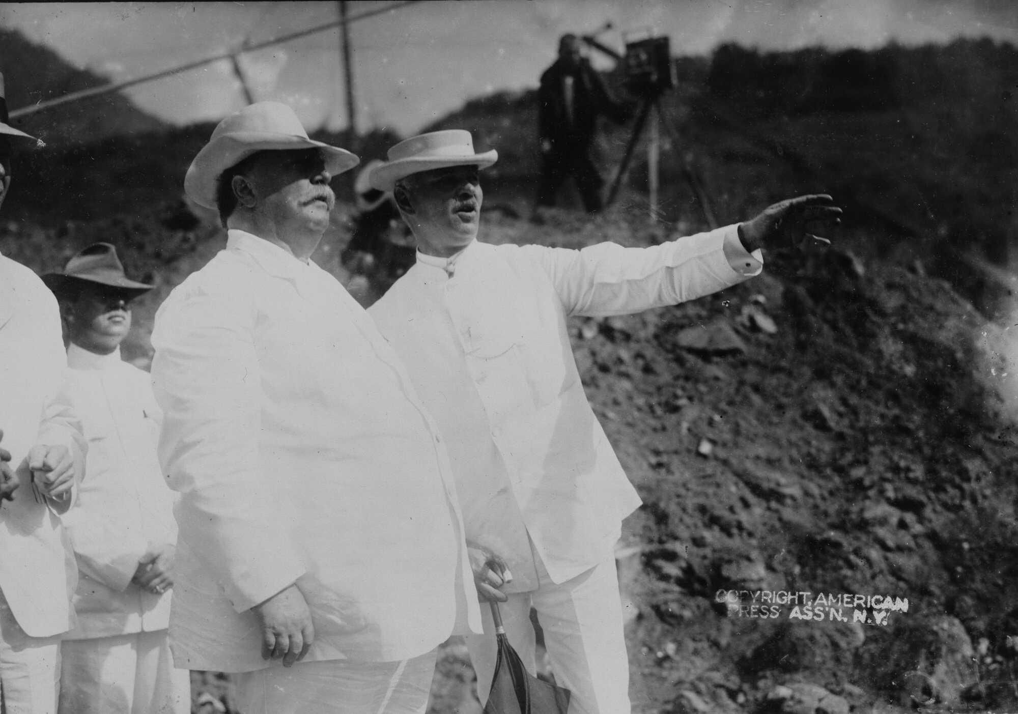 Panama-Engineers-Taft&Goethal.jpg