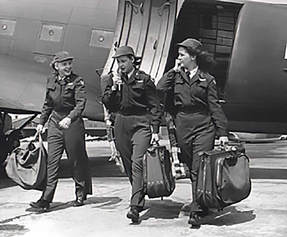 flygirls_timeline-1944_december.jpg