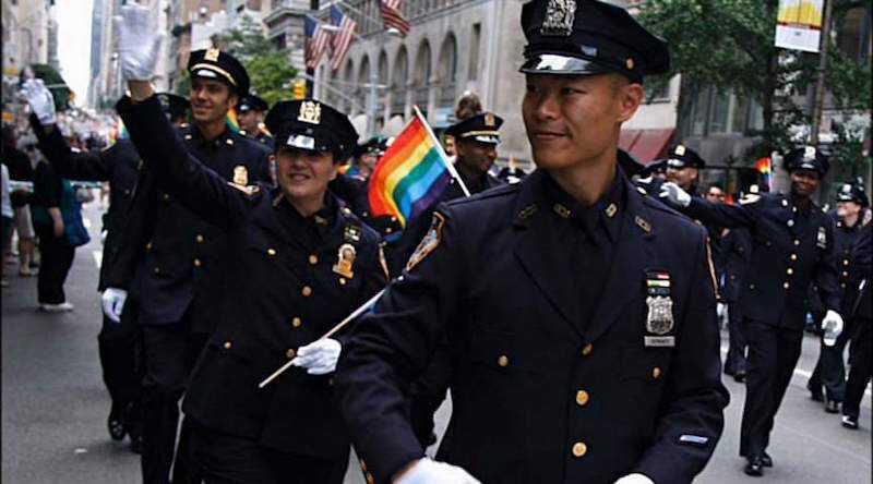 Stonewall cops_lorez.jpg
