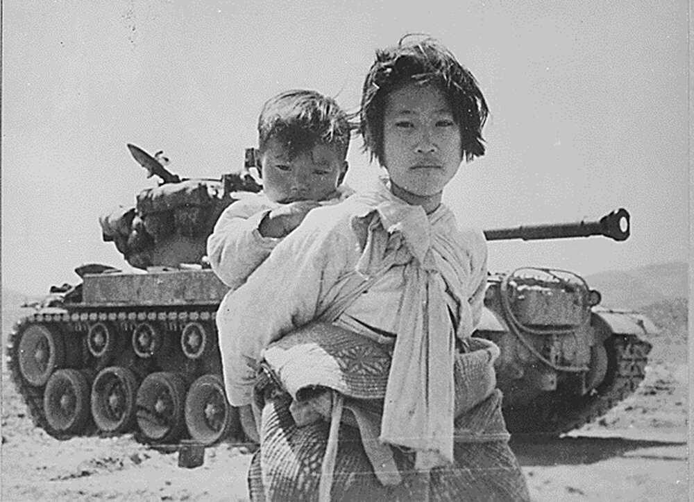 Superbomb-Korean-War-LOC.jpg