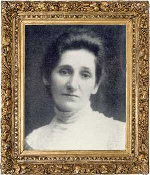 Gilded Ida Victoria.jpg