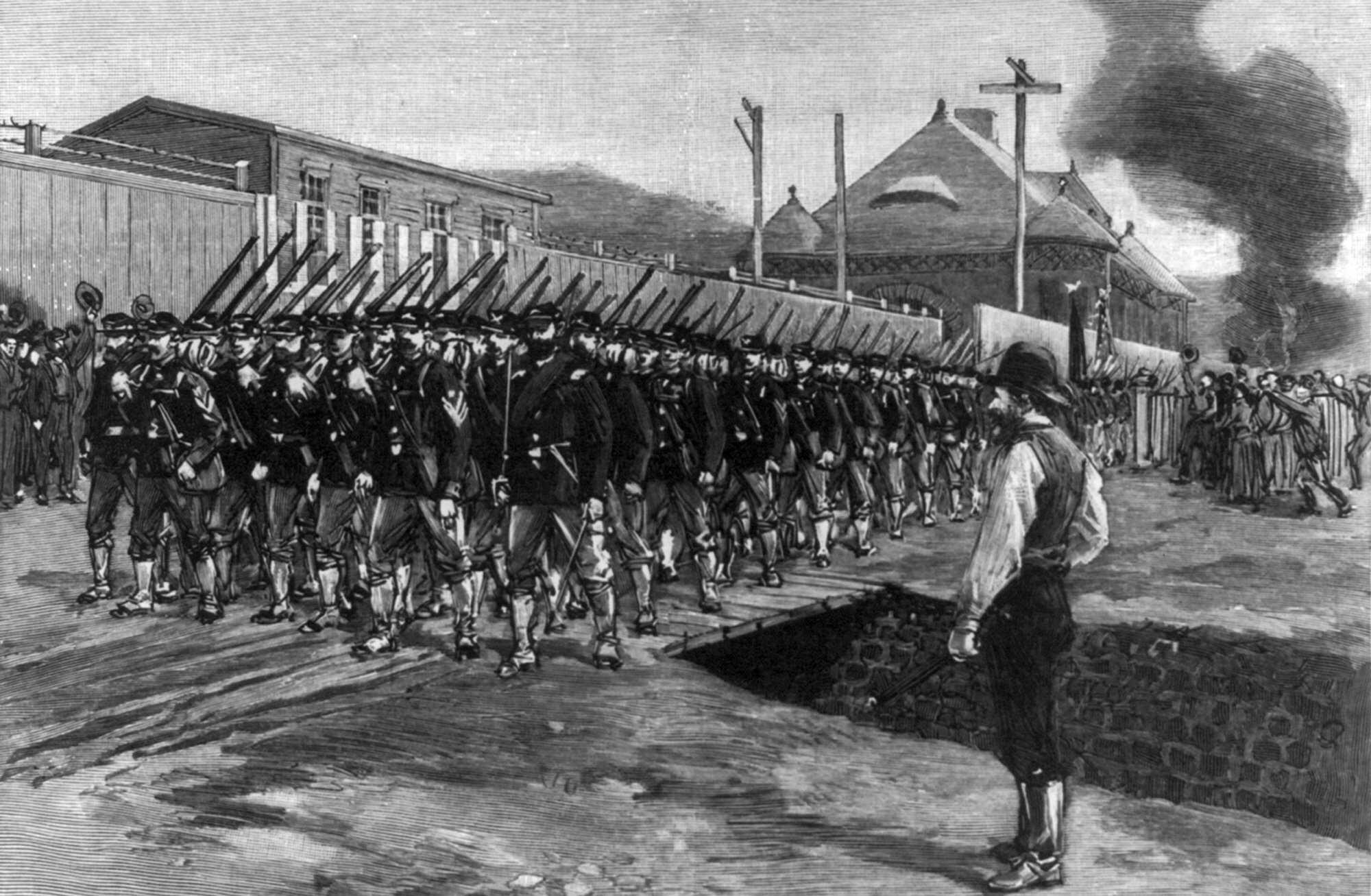 Carnegie_Homestead_Strike_18th_Regiment_arrives_Harper's-Weekly,-July-12,-1892,-LOC.jpg