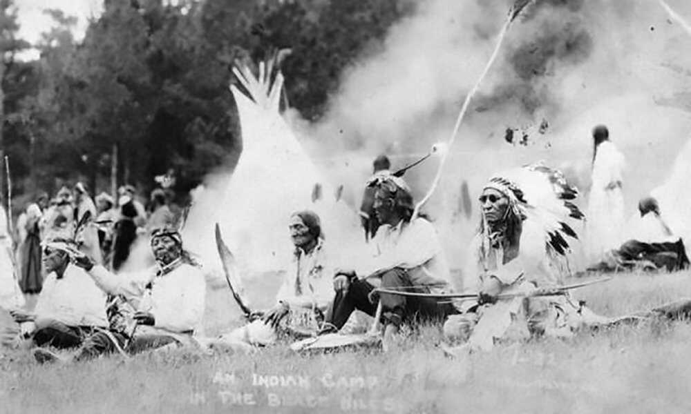 Rushmore-Nativea-Sioux.jpg