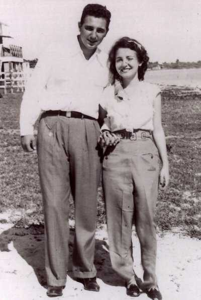 Castro_Fidel-with-wife_03.jpg