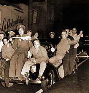 riseofriots-zoot-suit-riots-of-1943.jpg