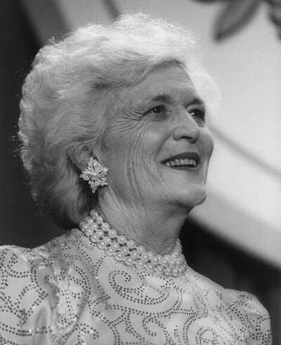 Bush-Barbara-1989-LOC.jpg