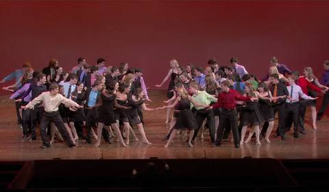 Watch the contestants preform the full opening number at the Minskoff Theater on Broadway!