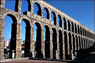 Image of a Roman Aqueduct