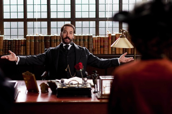 Jeremy Piven in the MASTERPIECE series Mr. Selfridge