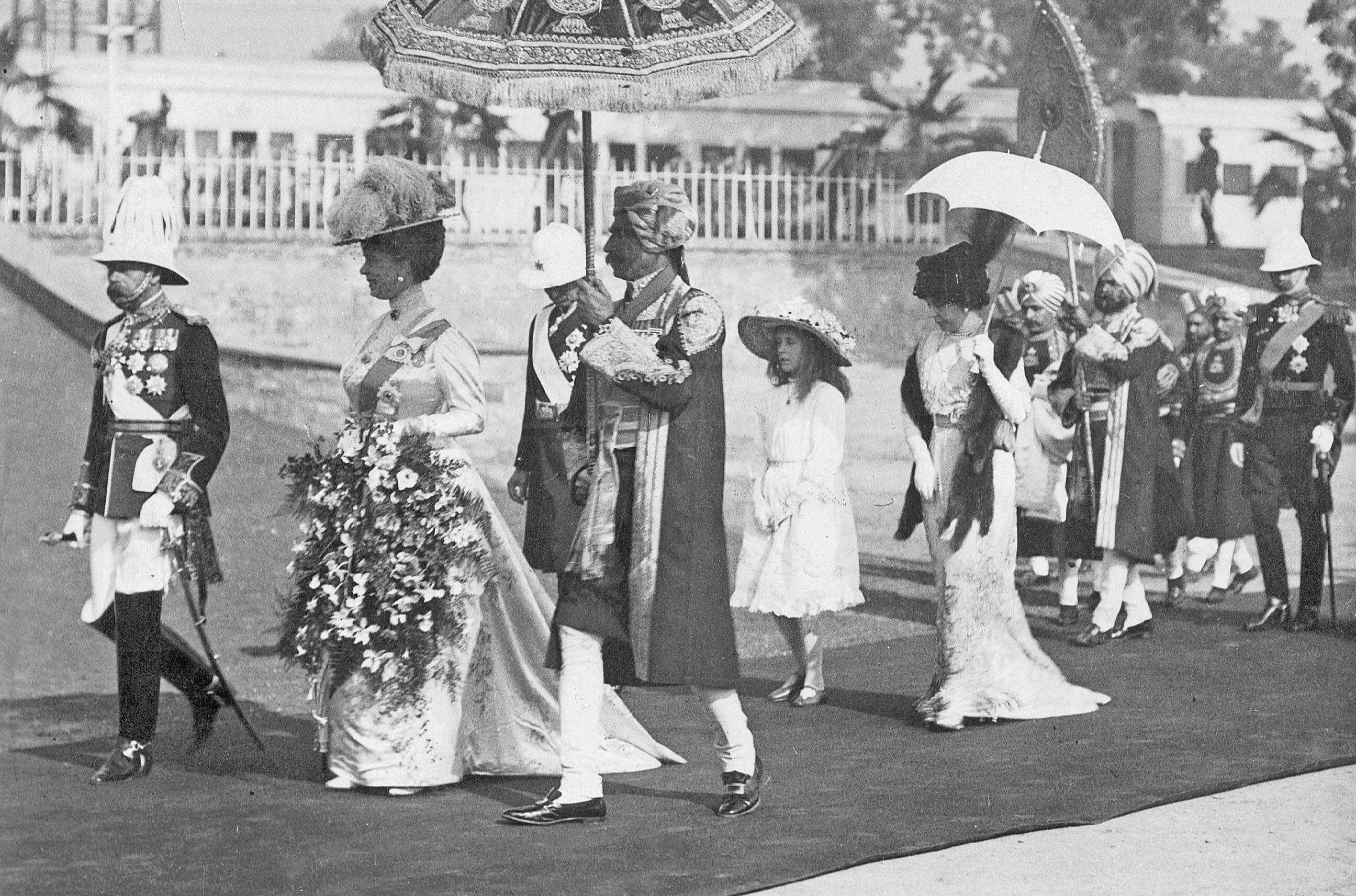 King George V. and Queen Mary in Delhi, 1911 The Life Lawrence Durrell.