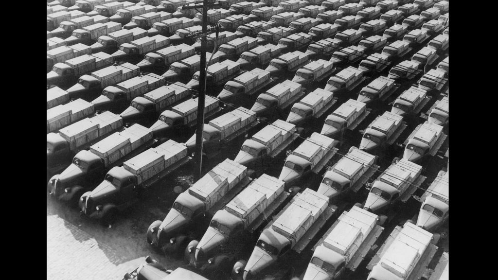 American trucks in New York Harbor, 1940