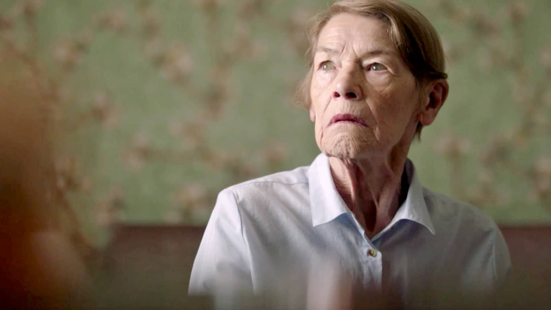 Glenda Jackson in Elizabeth is Missing