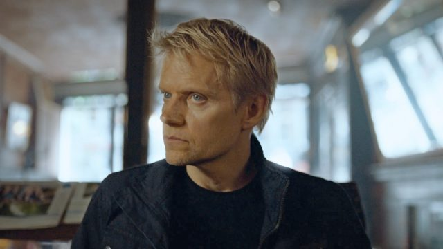 Marc Warren as Piet Van der Valk in Episode 1