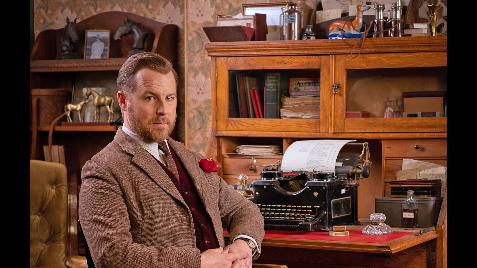 Samuel West as Siegfried Farnon in All Creatures Great and Small on Masterpiece on PBS