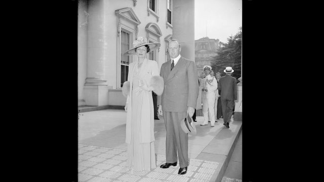 Crown Princess Martha and Crown Prince Olav of Norway outside the White House.