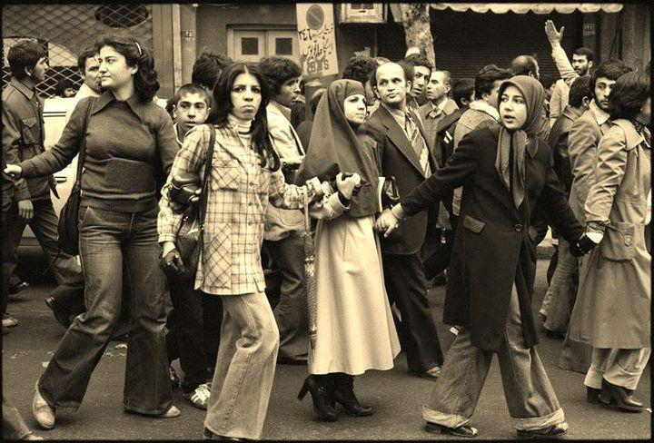 iran before and after the revo Women anchors on iranian tv 1978 – 1998  women & revolution in iran  1  --how have women fared after the revolution --as compared to the previous.