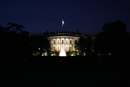 white-house-at-night.jpg