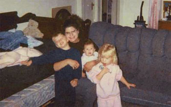 Veronica Vas, with her children, from left, Alex, Isis and Emily