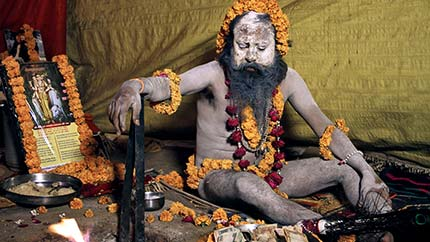 images/kumbh_mela_naked_holy_man_430x242.jpg
