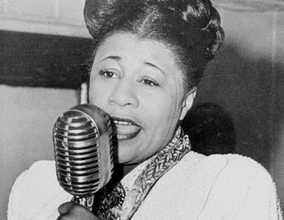 bessie smith and billie holiday essay Ma rainey and bessie smith: two legendary classical blues artists such as billie holiday, who often listened to smith's bessie smith essay.