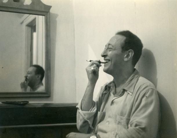 Jascha Heifetz, circa 1943. Photo: Library of Congress