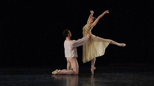 Stunning Ballet Dancer GIFs